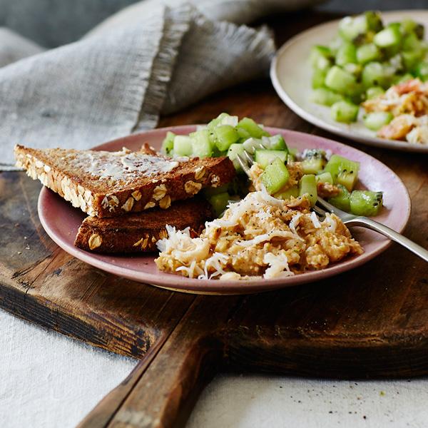 Cornish Crab Tartare with Kiwi